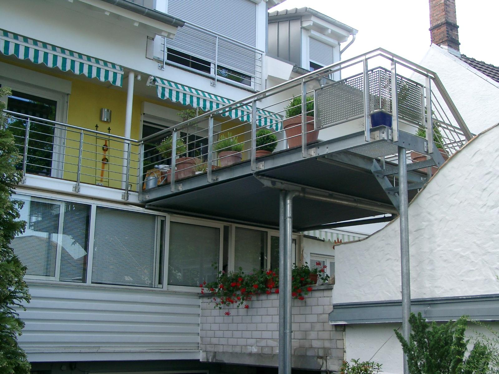 balkon 5 bucher metallbau. Black Bedroom Furniture Sets. Home Design Ideas